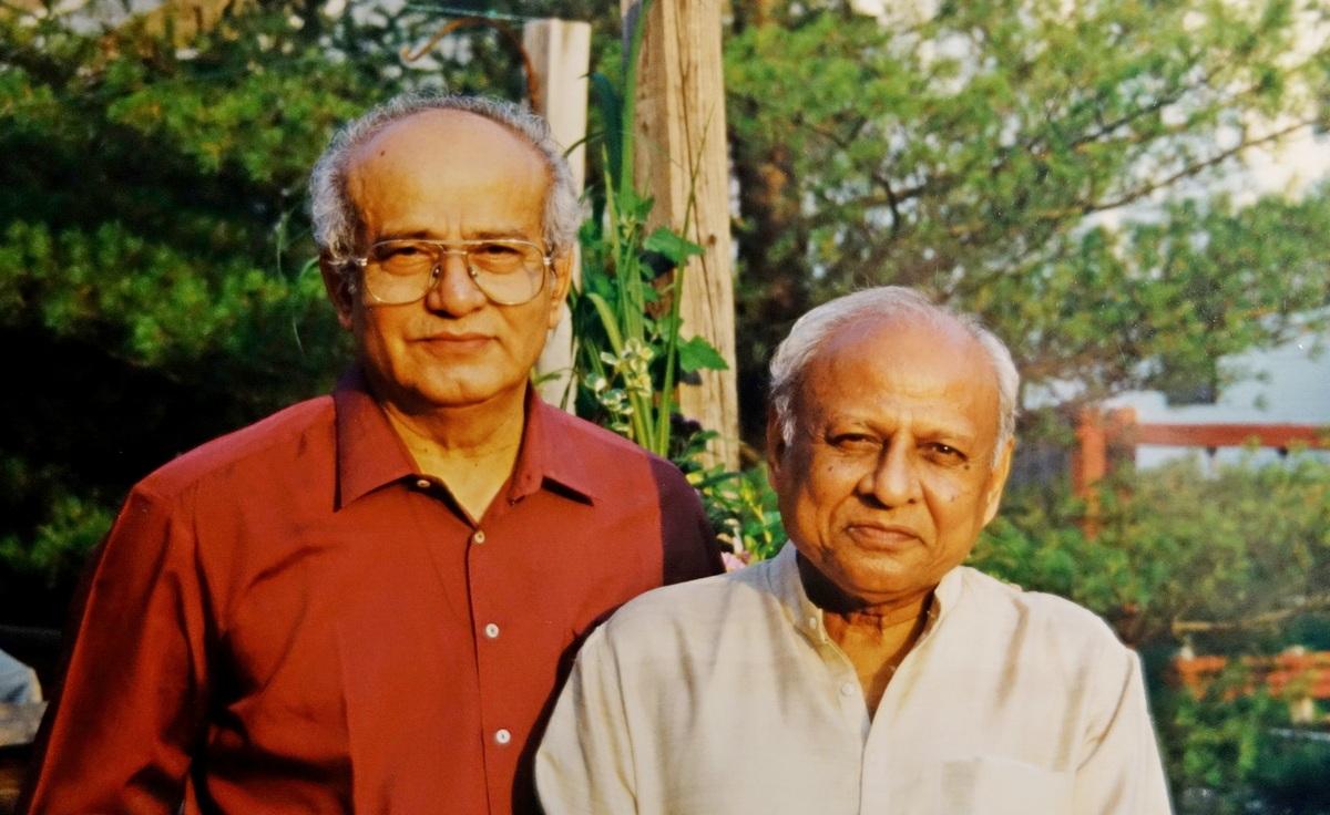Jagdish Vyas and Mangesh Nadkarni mod 1200